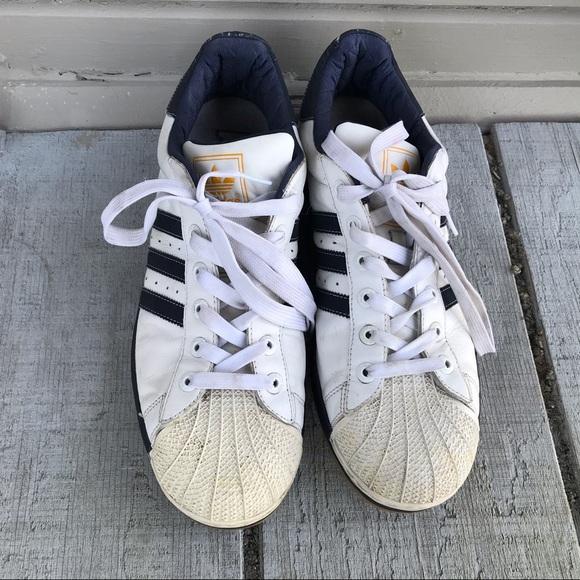 Pin su adidas shoes